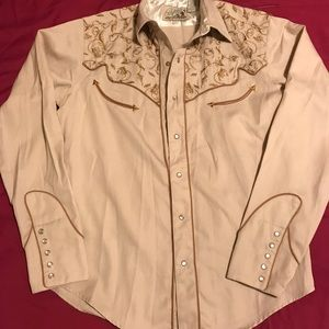 🌵 Roper Western  Embroidered Tan Button Shirt🌵